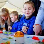 Дети в восторге от Kids Zone в шатре Мультифлекс