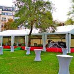 Для осеннего мероприятия организаторы взяли в аренду тент «Ультра» 20х30 метров