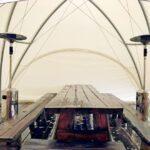 Внутри сферического шатра поставили 2 газовых обогревателя «Грибок»