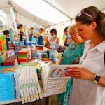 Посетителей «Книжного Арсенала» ждал большой выбор печатных изданий